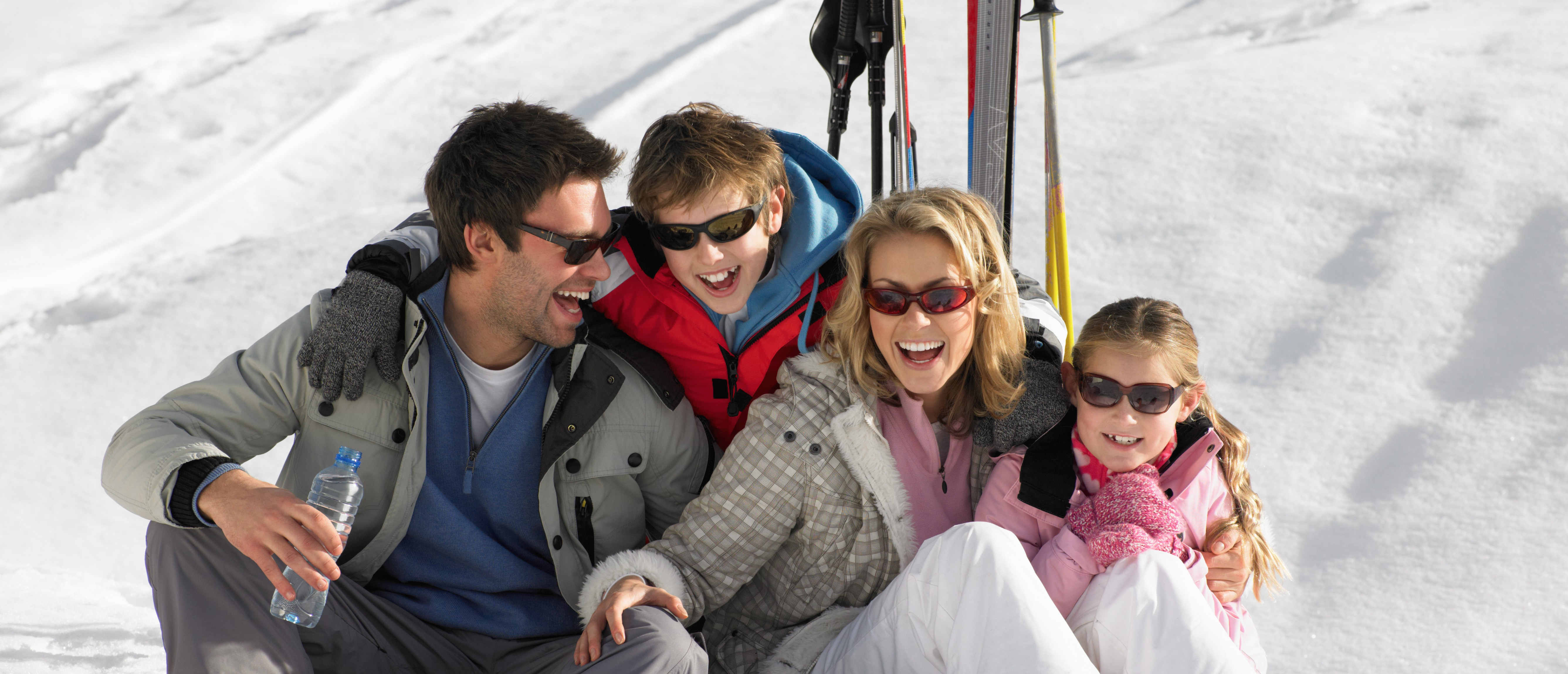 avoid injury on your Ski and Snowboarding holiday this year